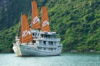 paradise-cruise-halong-bay1